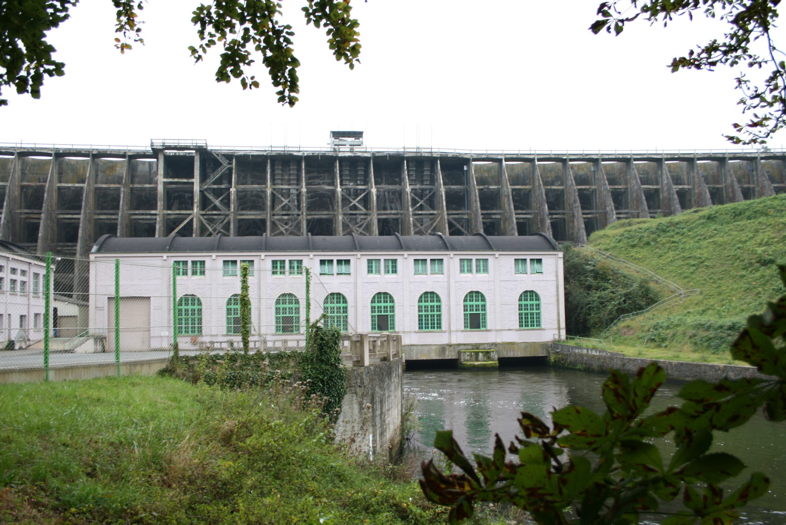 Demolition of the Roche Qui Boit Dam scheduled for 2021
