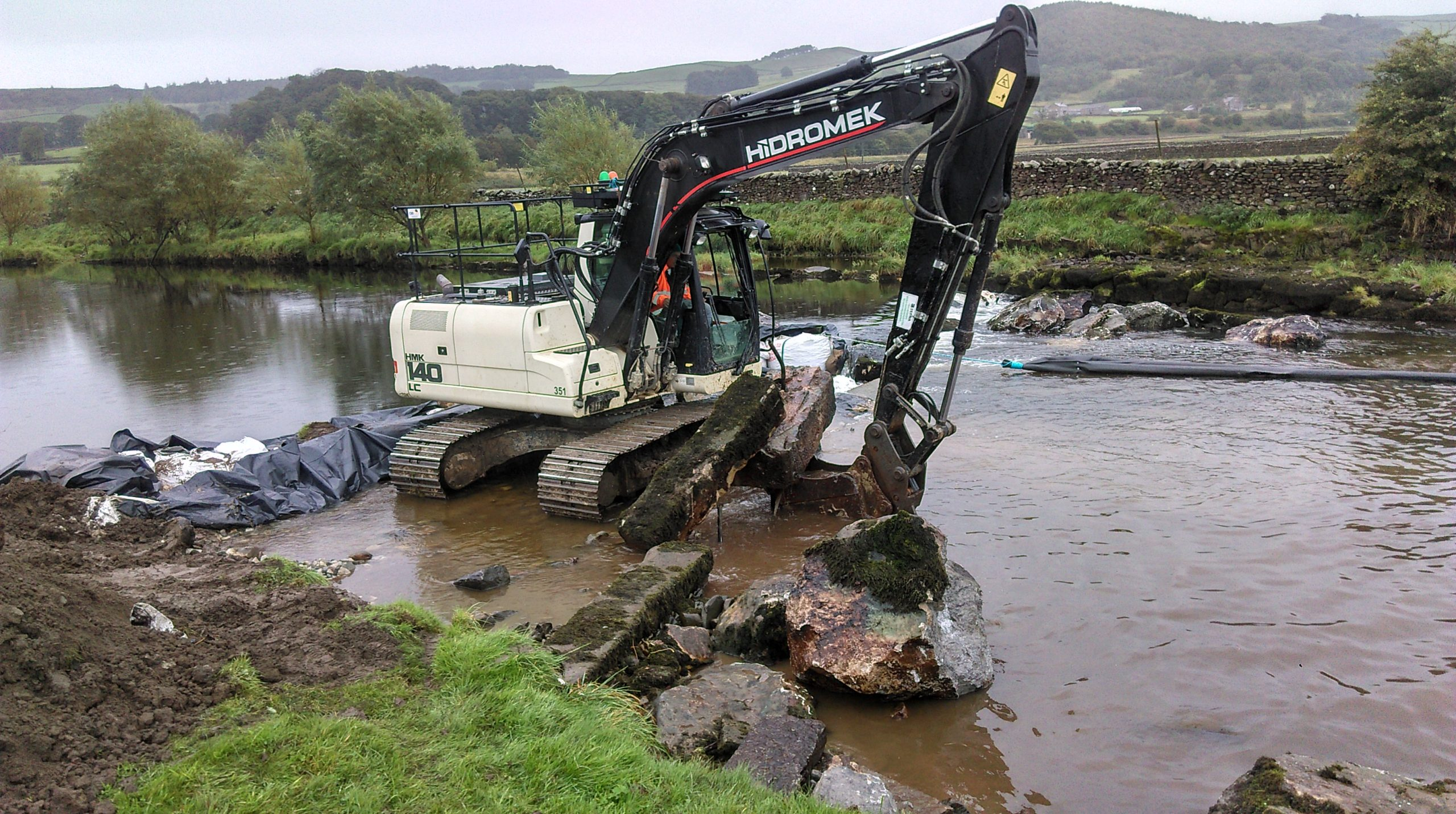 Ribble Rivers Trust remove yet another weir!